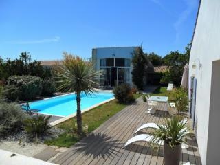 Locations saisonni res sur l 39 ile d 39 ol ron for Location maison avec piscine ile d oleron
